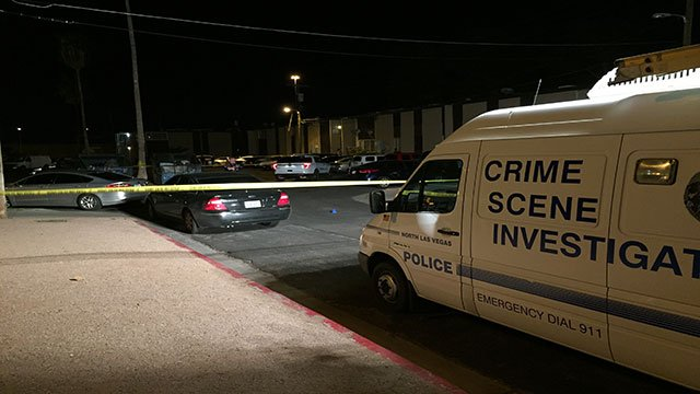 A Crime Scene Investigation unit is on the scene of a shooting that left a man dead May 14, 2018 (Luis Marquez / FOX5).