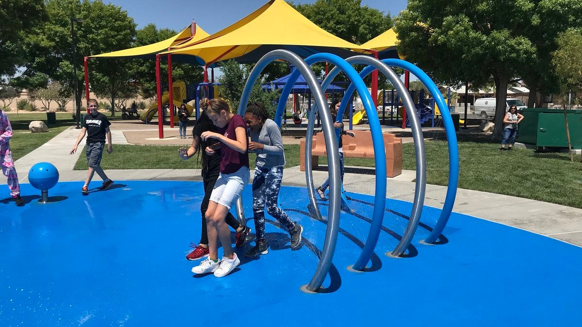 Children enjoying the new splash pad at Vol Tobel Park. (Photo: Dan Kulin/Clark County Office)