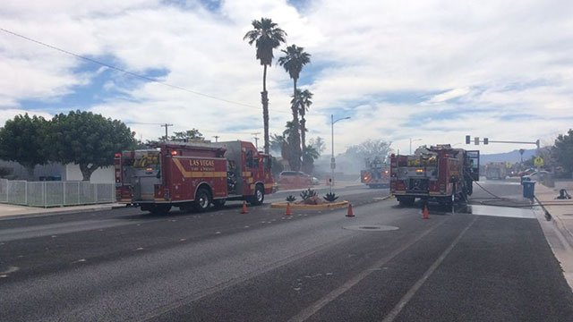 LVFR engines respond to a two-alarm fire on Alta Drive near Decatur Boulevard on June 15, 2018 (LVFR / Twitter).
