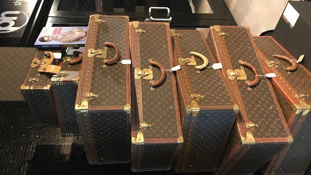 Jerry Lewis's Louis Vuitton luggage on display at Planet Hollywood. (Photo: Brad Boyer/FOX5)