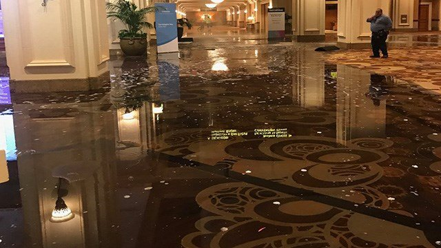 Mandalay Bay's convention center floor flooded after a water pipe break. (Image: Scott Zamost)