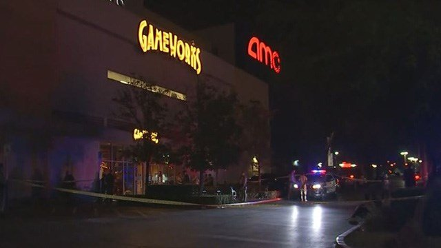 Metro police responded to a false claim of an active shooter at Town Square. (Kurt Rempe / FOX5)