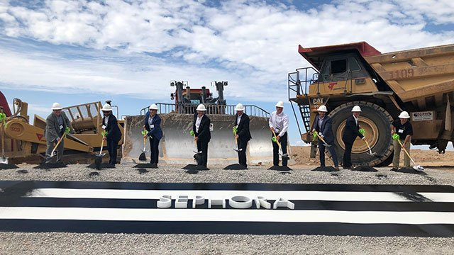 Sephora officials break ground on the company's new fulfillment and distribution center (Dylan Kendrick / FOX5).