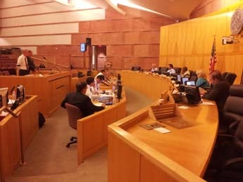 The Clark County Planning Commission hears arguments concerning a Beretta gun store. (Robbie Hunt/FOX5)
