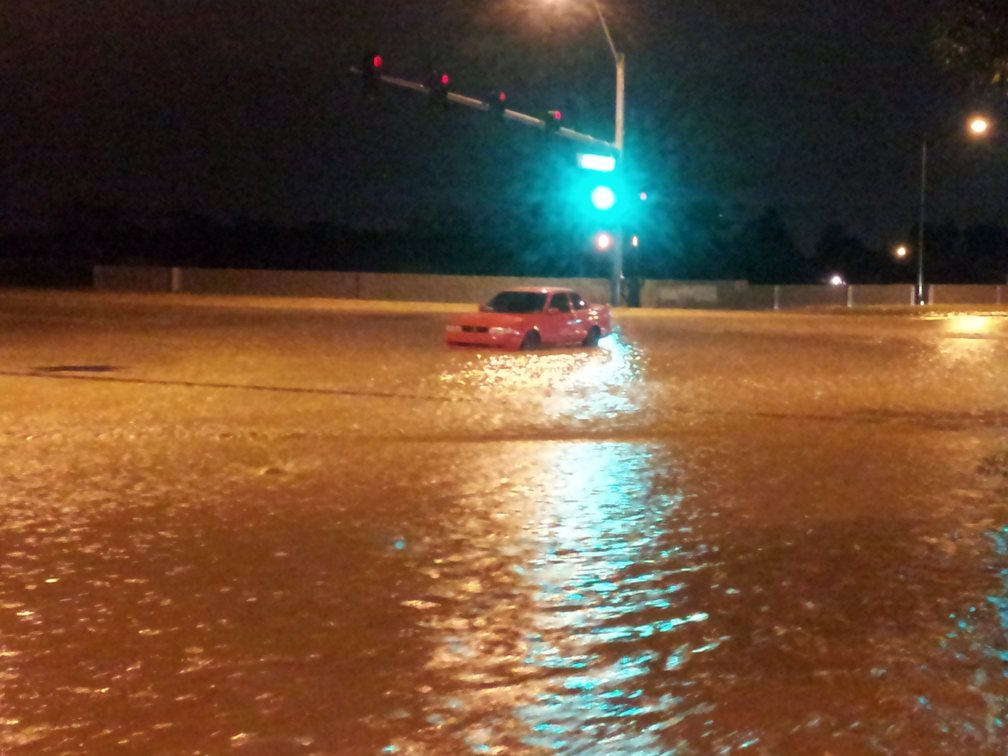 Car stalled on Deer Springs and Buffalo (Arron Healy/FOX5)