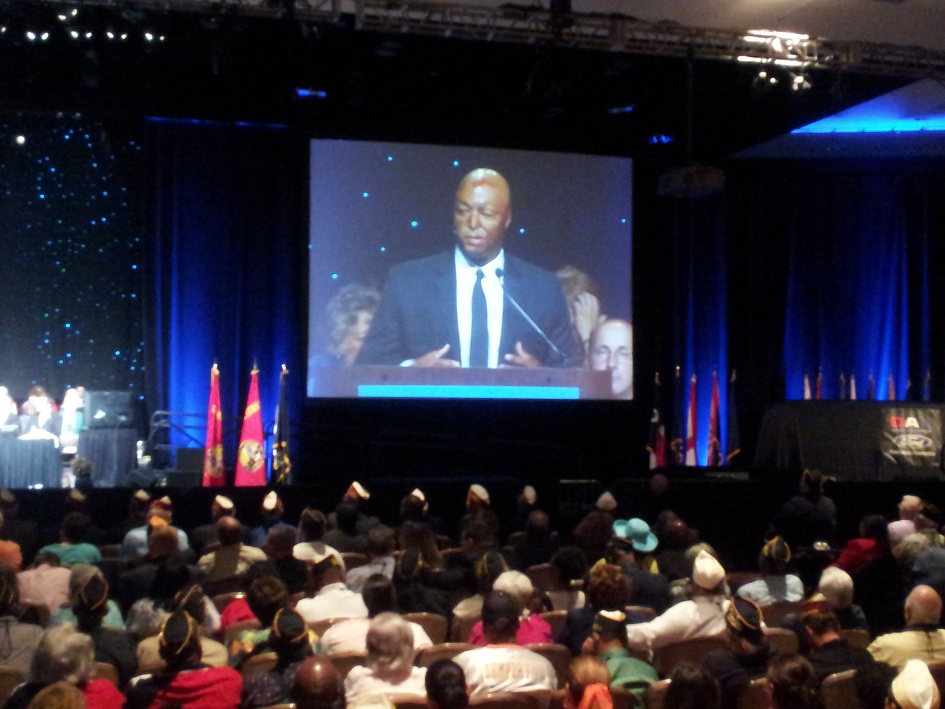 Veteran and actor J.R. Martinez also spoke at the DAV national convention (Christian Cazares/FOX5)