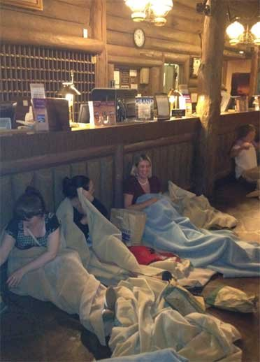 People sought shelter at a hotel lobby after their bus broke down Wednesday. (Photo courtesy of Robert Jeffery)