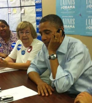 President Obama drops in on Henderson volunteers on Monday. (Courtesy of Allison Cho)
