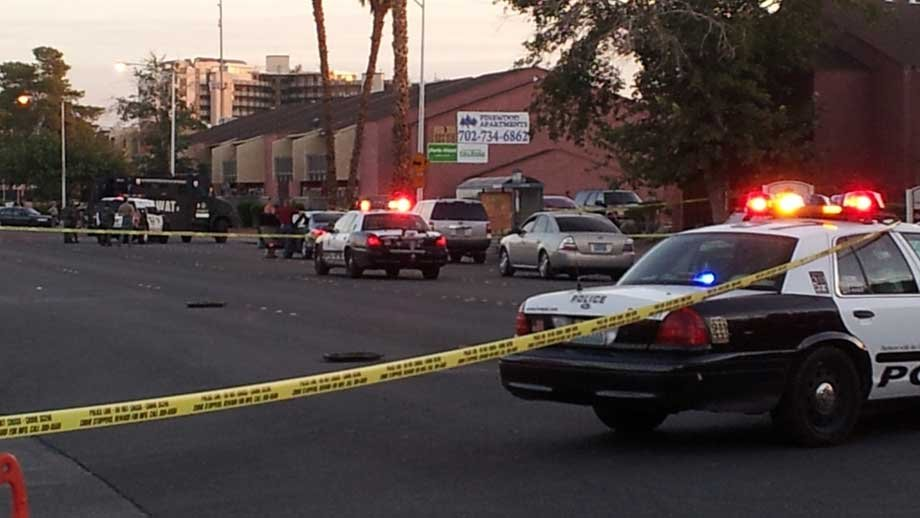 A SWAT team was called to the scene, hours after a deadly shooting early Wednesday. (Armando Navarro/FOX5)
