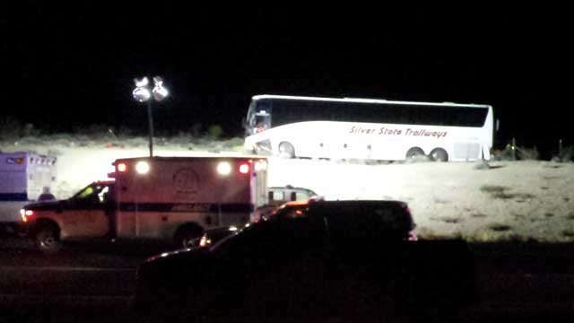 A bus sat off road after a wreck on U.S. 93. (Arron Healy/FOX5)