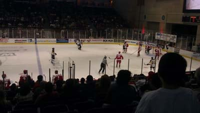 The Wranglers defeat the Stockton Thunder 3-2 Friday night. (Craig Huber/FOX5)