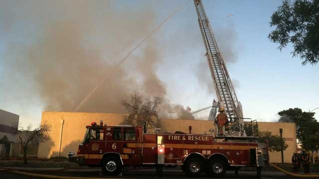 Las Vegas Fire and Rescue attacked the blaze from ladder trucks. (Azenith Smith/FOX5)