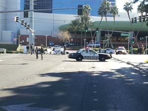 Deadly wreck at Flamingo and Wynn roads. (Joe Lybarger/FOX5)