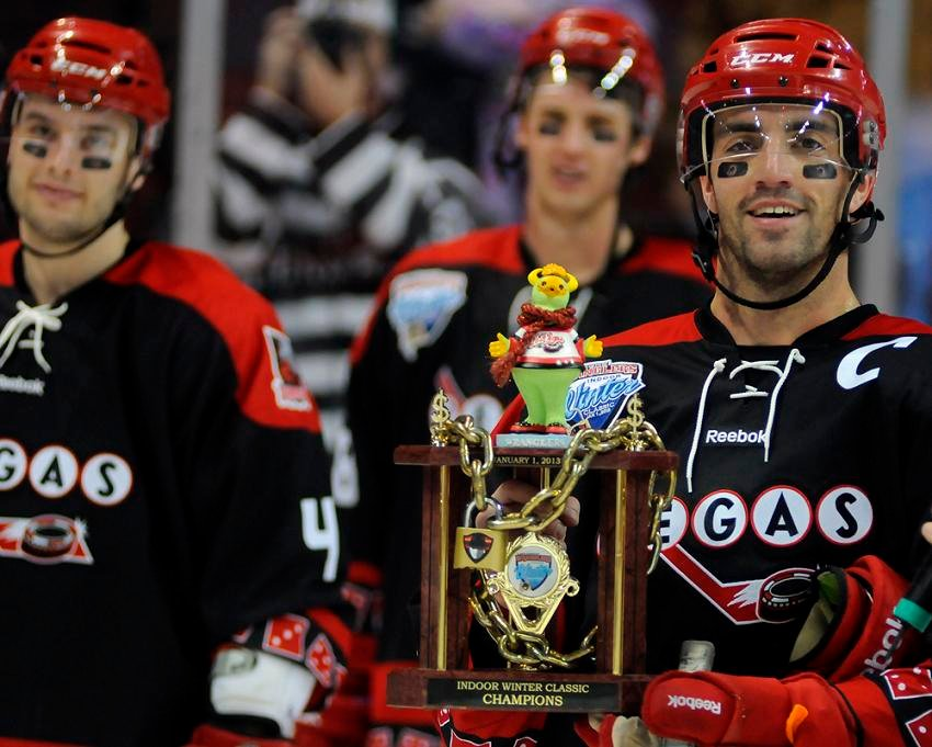 Wranglers defenseman Mike Madill with the Indoor Winter Classic trophy. (Las Vegas Wranglers)