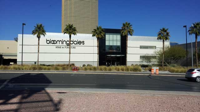 Bloomingdale's Home Store at Fashion Show Mall is slated for closure, Macy's said Thursday. (Joe Lybarger/FOX5)