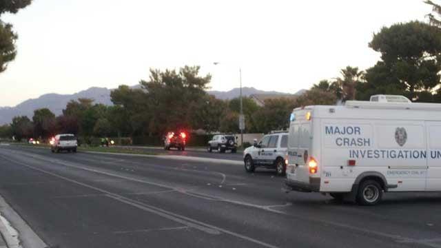 Police shut down Camino Eldorado following a deadly wreck on May 2, 2013. (Armando Navarro/FOX5)