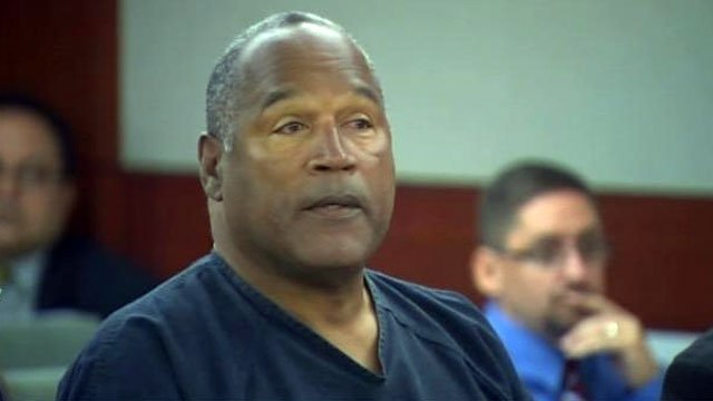 In a Las Vegas courtroom, O.J. Simpson listens to testimony during his hearing for a retrial. (May 13, 2013/FOX5)