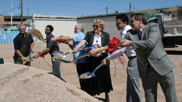 Dignitaries including Mayor Carolyn Goodman, Councilman Bob Beers and Bob Stupak's son Nevada were on hand for the groundbreaking. (Source: City of Las Vegas)