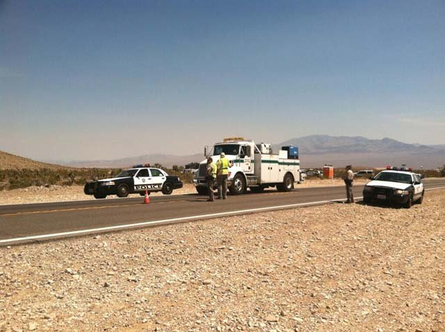 Metro set up a checkpoint as residents of Kyle Canyon began returning to their homes on Wednesday. (Azenith Smith/FOX5)