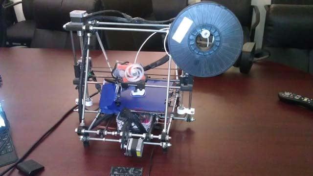 Judd Kidman's 3-D printer. (FOX5)