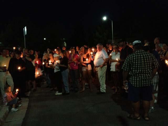 Friends and family hold a candlelight vigil for Jared Peters Tuesday night in Henderson. (Elizabeth Watts/FOX5)