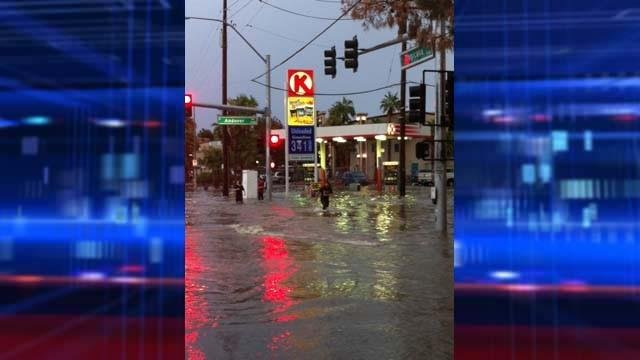 Circle K parking lot flooded at Tropicana Avenue and Boulder Highway. (Ashley Conroy/FOX5)