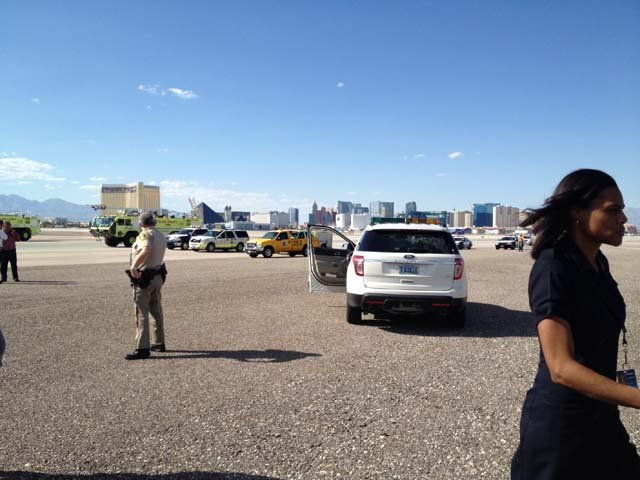 Emergency crews on the tarmac at McCarran. (Cheryl Dorsey)