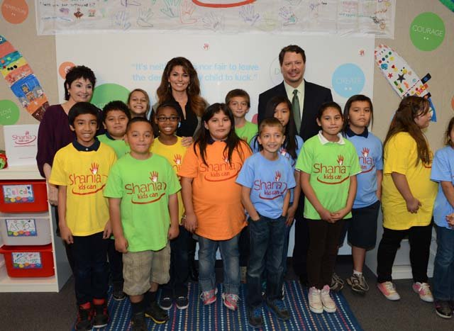 Shania Twain launches the Las Vegas SKC Clubhouse at Tom Williams Elementary on Monday. (The Public Education Foundation)