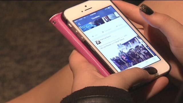 Police warn a GPS feature in your smartphone can lead stalkers right to your home. (FOX5)