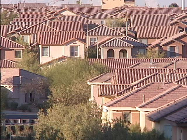 Sociologists say houses constructed during the boom of the 1990s are not conducive to social interaction, leaving neighbors to remain strangers. (FOX5)