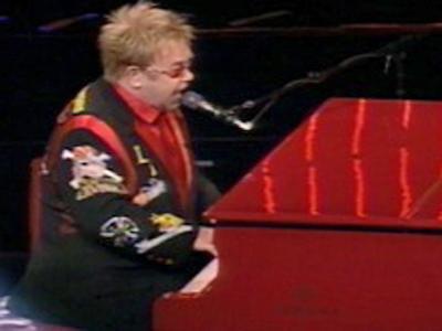 Elton John (File/FOX5)