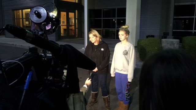 The mother and sister of Jena Chisholm answered questions about the 20-year-old's disappearance and discovery in Las Vegas on Jan. 3, 2014. Chisholm did not appear before cameras. (Arron Healy/FOX5)