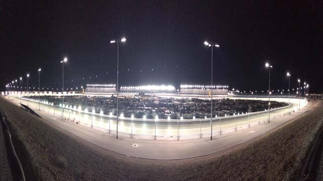 Fans make nascar a luxury experience fox5 vegas kvvu for Las vegas motor speedway driving experience
