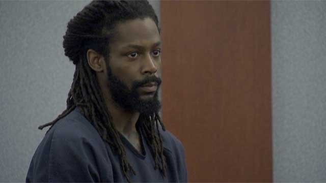 Kirk Bills appeared for an initial hearing in connection to a pet store arson case on Feb. 24, 2014. (FOX5)
