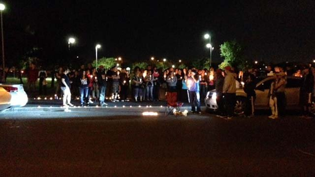 More than 100 people gathered at Lewis Family Park in Las Vegas for a vigil for Dylan Salazar. (Erik Ho/FOX5)