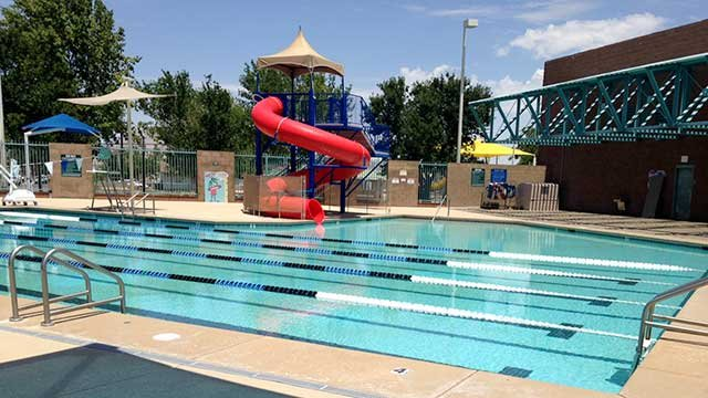 The Wells Pool in Henderson is empty July 17, 2014, after a man's body was found in it earlier in the day. (Joe Lybarger/FOX5)
