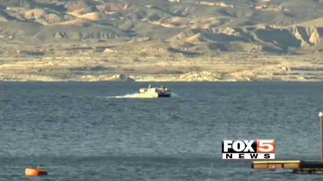 A boat trolls along the water of Lake Mead. (File/FOX5)