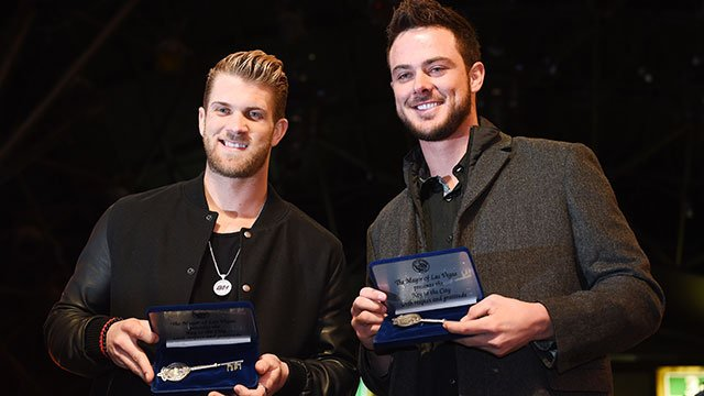 Major League Baseball's 2015 National League MVP Bryce Harper and 2015 National League Rookie of the Year Kris Bryant display their key to the City of Las Vegas Thursday, Dec. 17, 2015 at the Fremont Street Experience. (Sam Morris/Las Vegas News Bureau)