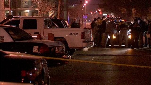 Investigators gather at the scene of a fatal stabbing in Las Vegas on Dec. 30, 2015. (Armando Navarro/FOX5)